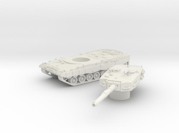 Leopard II tank (Germany) 1/100 in White Natural Versatile Plastic