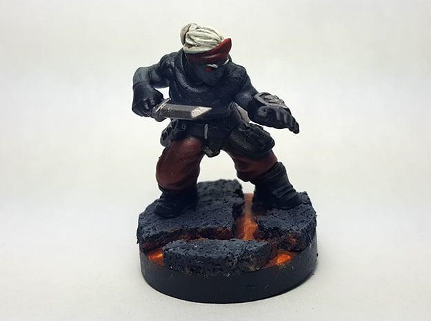 Dwarf Rogue in Smooth Fine Detail Plastic