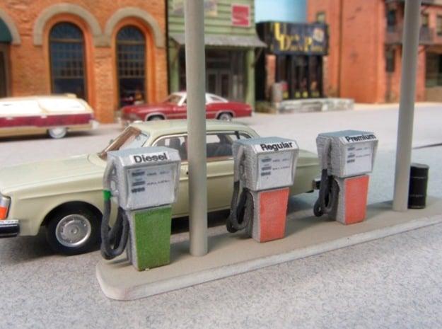 HO Vintage Gas Pump in Smooth Fine Detail Plastic