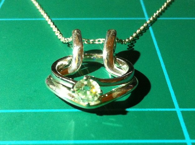 Necklace ring holder in Fine Detail Polished Silver
