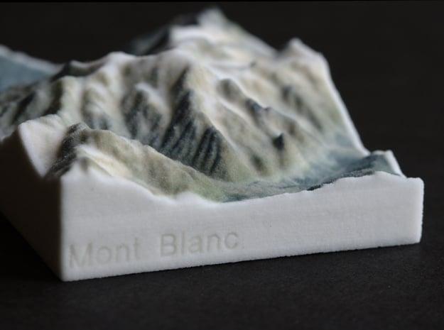 Mont Blanc, France/Italy, 1:250000 Explorer in Full Color Sandstone