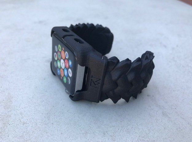 BRAID  For Apple watch Cuff 42mm MEDIUM in Black Natural Versatile Plastic