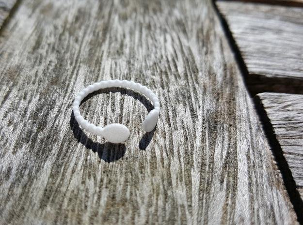 Bubble Ball End Ring in White Natural Versatile Plastic: 4 / 46.5