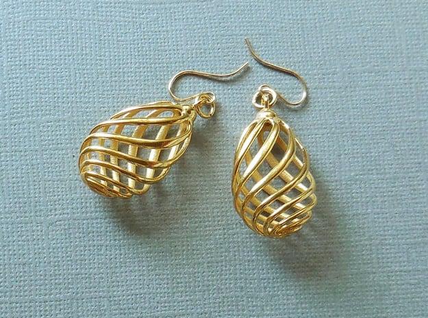Flasket Earrings in Cast Metal in 18k Gold Plated Brass