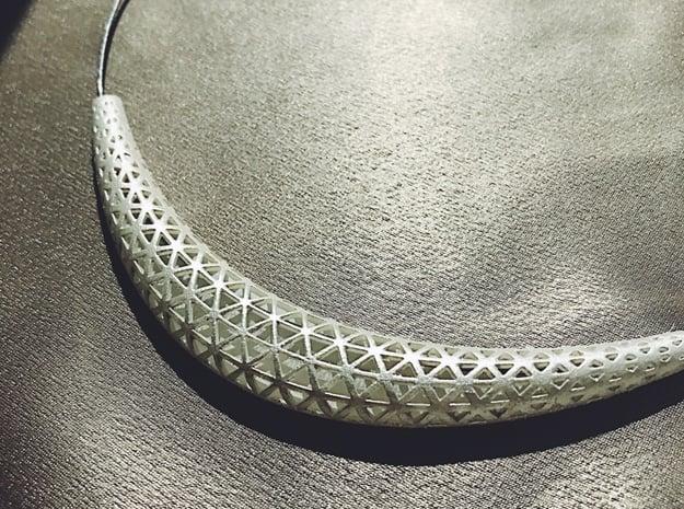 Necklace Triangle in White Processed Versatile Plastic: Medium