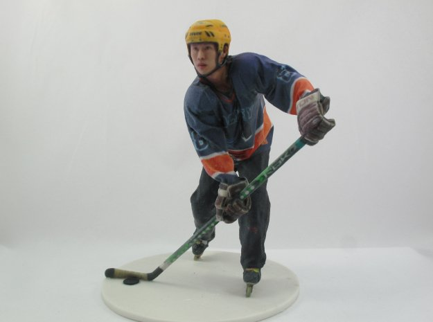 Scanned Hockey Player -13CM High in Full Color Sandstone