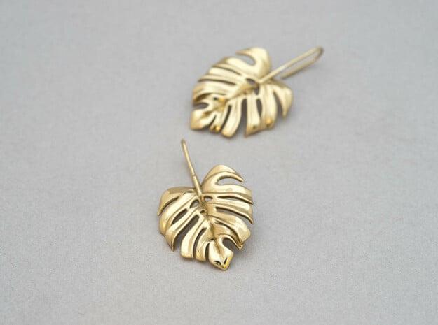 Monstera Drop Earrings in Polished Brass