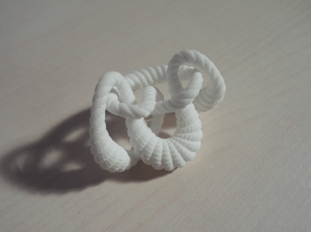 Knot 8₂₀ (Rope with detail)  in White Processed Versatile Plastic: Extra Small