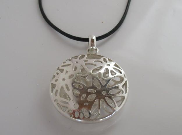 Margaret Pendant in Polished Silver (Interlocking Parts)