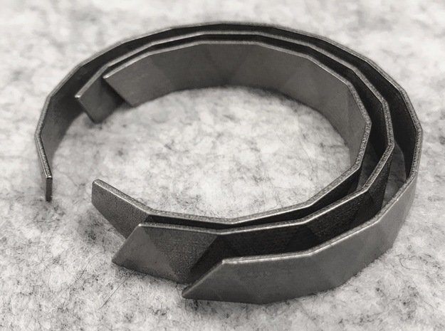 Triangle Facet Bracelet Sizes XS-XL in Polished Nickel Steel: Extra Small