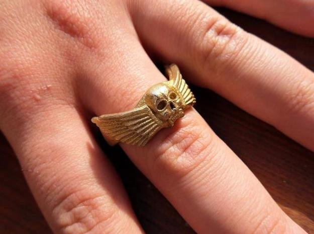 Winged Skull Ring in White Natural Versatile Plastic