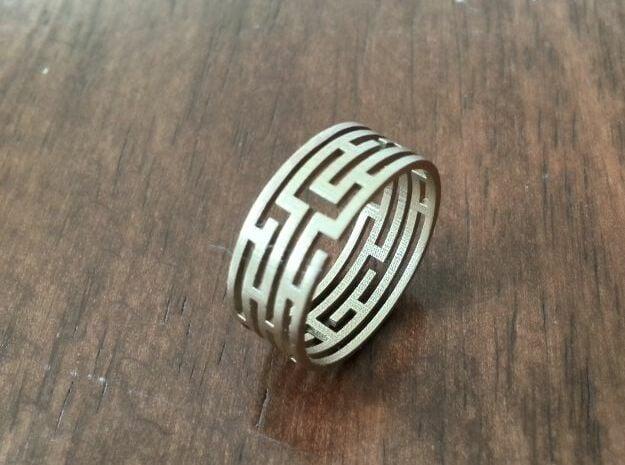 Labyrinth bracelet in Natural Bronze