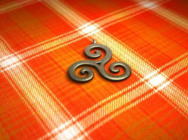 triskele in Polished Bronzed Silver Steel