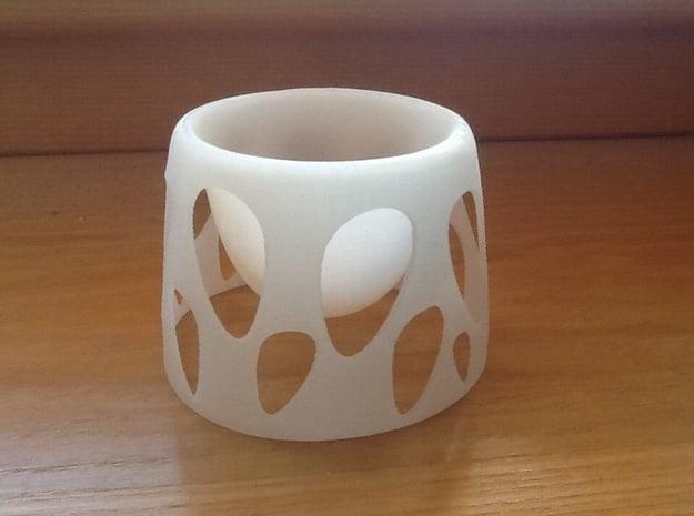 Suspended Egg Thin in White Natural Versatile Plastic