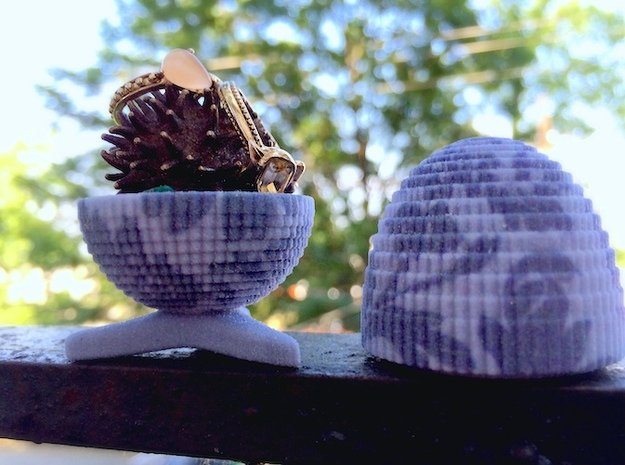 Egg Jewelry Box: Blue Garden in Full Color Sandstone