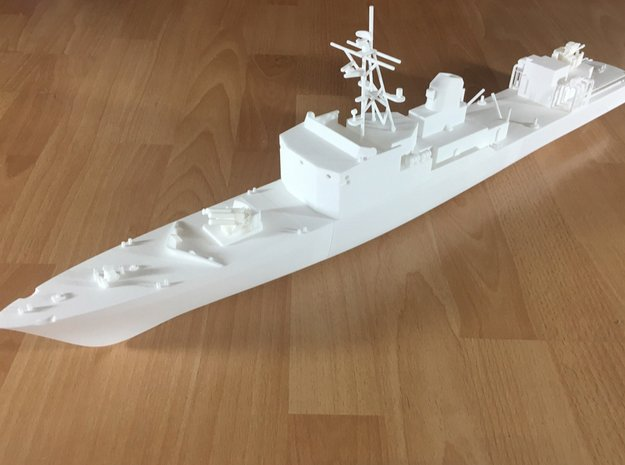 Thetis / Najade, Hull 1 of 3 (RC, 1:100) in White Natural Versatile Plastic