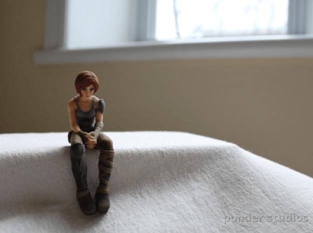 Sad Sintel: *Standard* size 9.5 cm in Full Color Sandstone