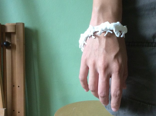 Running Horses Bracelet in White Processed Versatile Plastic