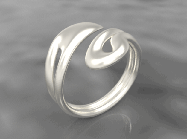 Fluid ring in Polished Silver