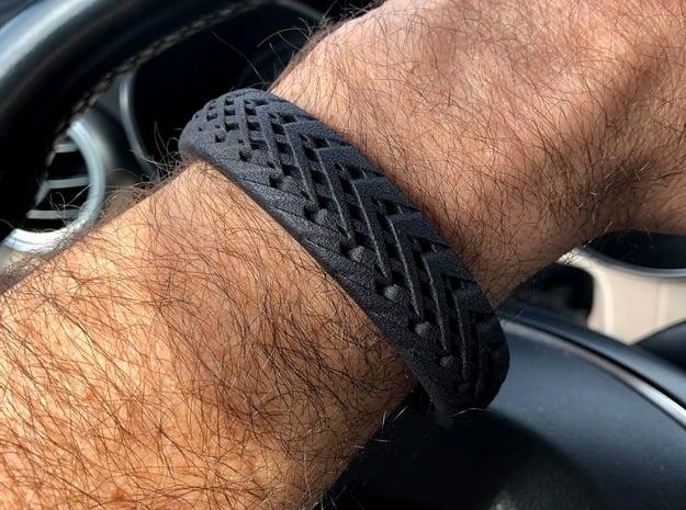 Double Diamond stitch cuff medium in Black Natural Versatile Plastic