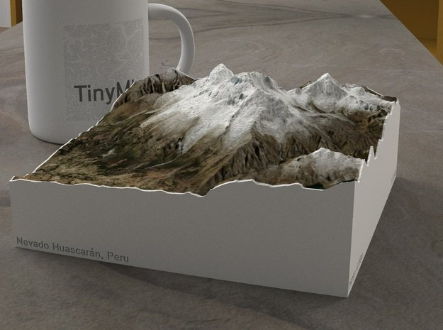 Nevado Huascarán, Peru, 1:100000 Explorer in Natural Full Color Sandstone