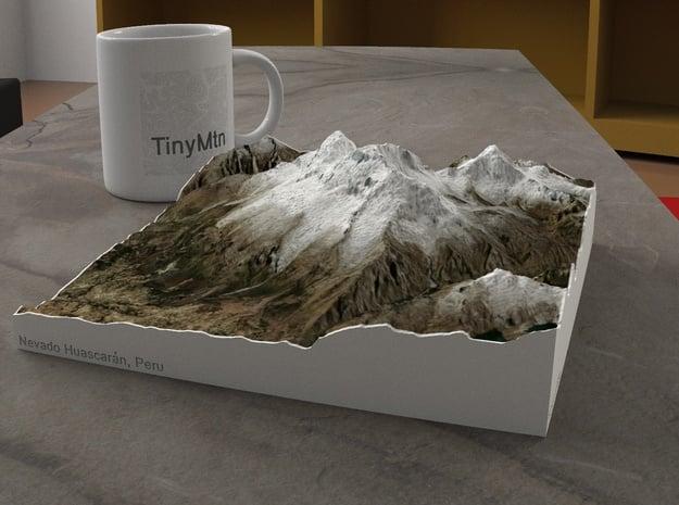 Nevado Huascarán, Peru, 1:75000 in Natural Full Color Sandstone