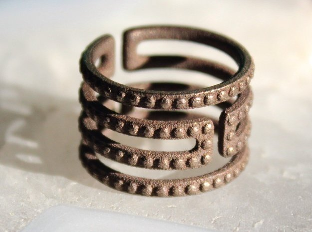 Uruk Ring Studded - Size 6 in Polished Bronze Steel