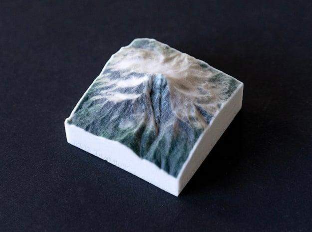 Mt. Jefferson, Oregon, USA, 1:100000 Explorer in Natural Full Color Sandstone