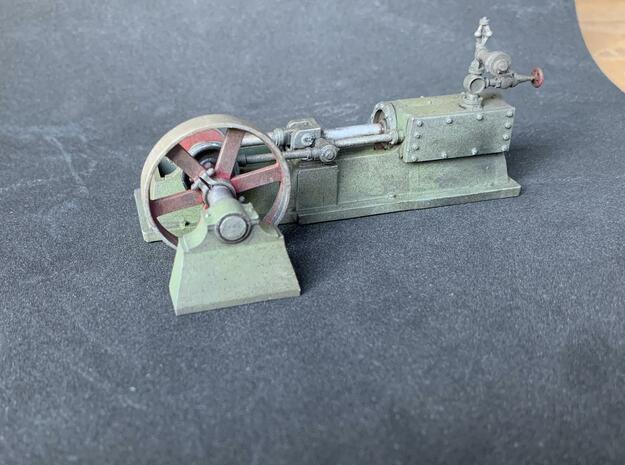 Horizontal steam engine in Smooth Fine Detail Plastic
