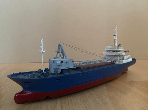 Sinekura 2, hull and decks (1:200, RC) in White Natural Versatile Plastic