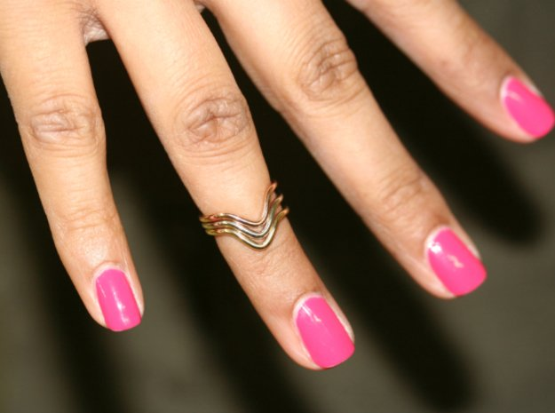 Wave Midi Ring in 14K Yellow Gold