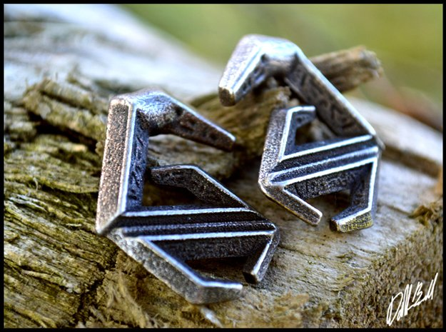 Ancient Crab Claw Earrings (select a size) in Polished Bronzed Silver Steel