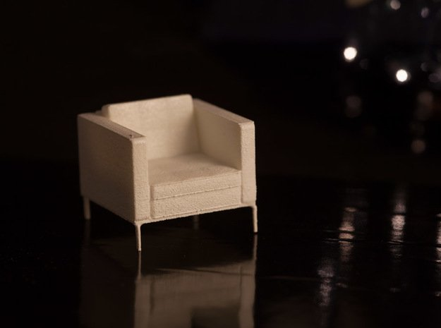 1:24 Knoll Armchair in White Natural Versatile Plastic