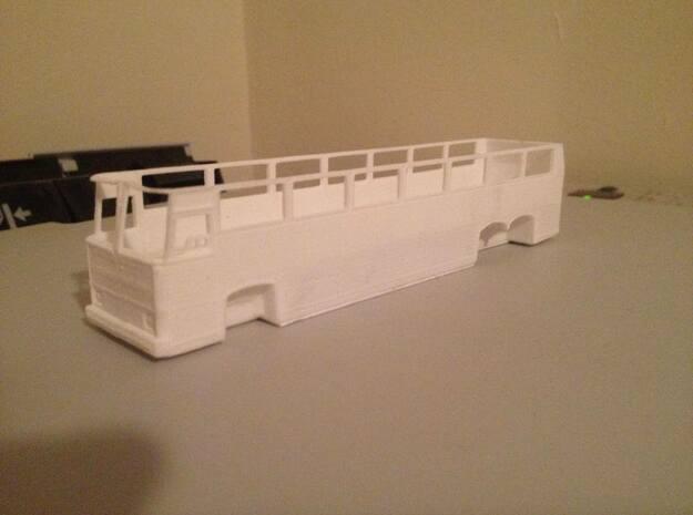 1:87 HO Scale MCI MC9 Motor Coach Bus
