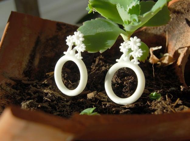Daisy Ring D18 in White Processed Versatile Plastic