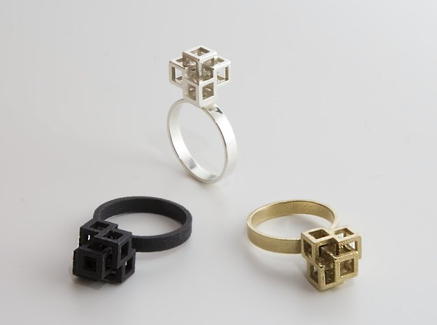 Quadro Ring - US 5 in Natural Brass
