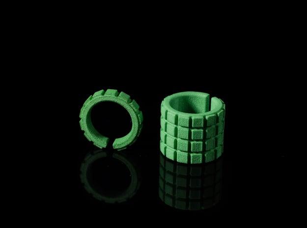 'RUFFLED' SHORT - Ø 17 - OPEN EDGE SERIES in Green Processed Versatile Plastic