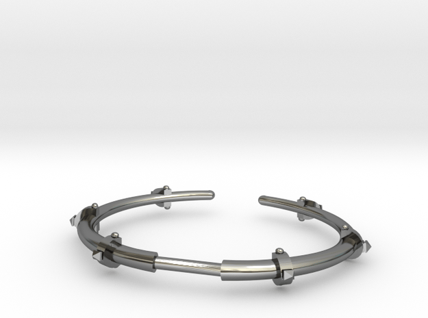 Revival Horn Cuff - Medium in Fine Detail Polished Silver