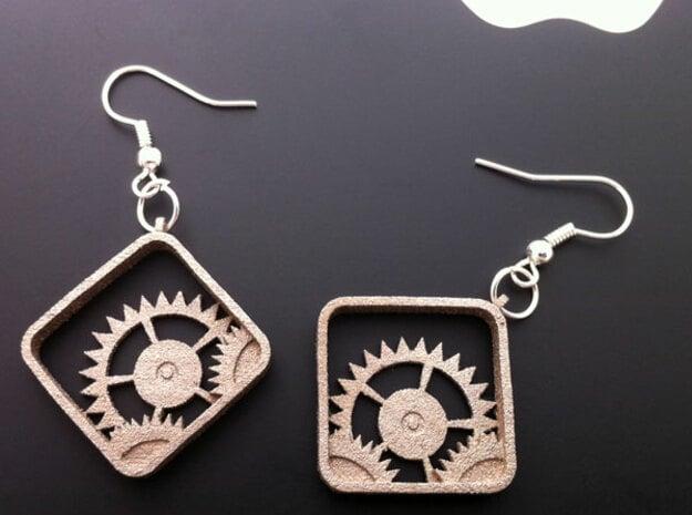 Settings Earrings in Polished Bronzed Silver Steel