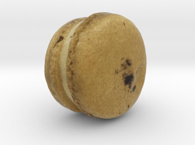 The Darjeeling Macaron in Full Color Sandstone