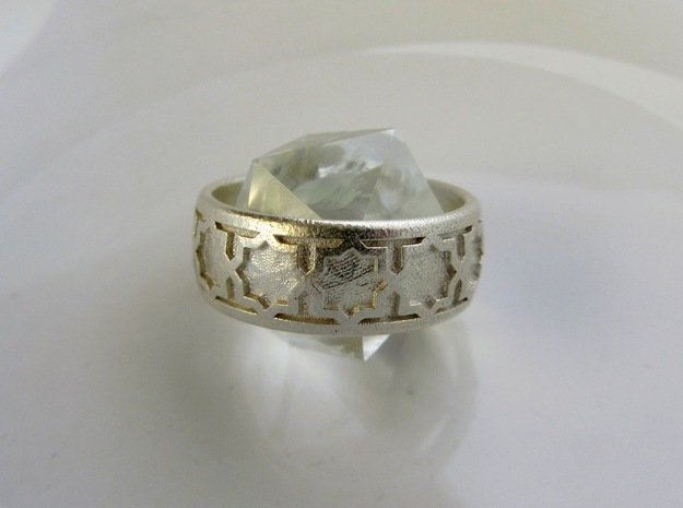 Ring Of Eights in Natural Silver