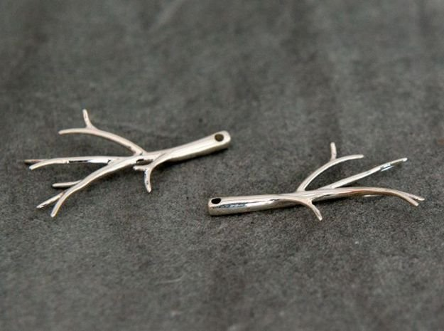 Twiggy Earrings in Fine Detail Polished Silver: Small