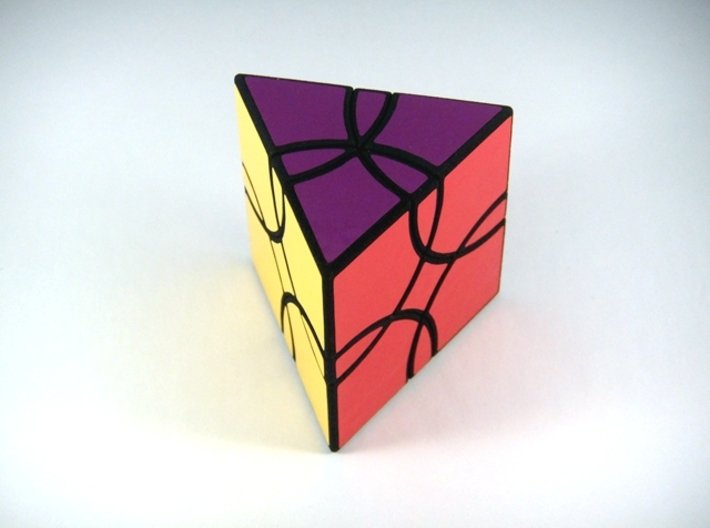 Curvy Shallow Jumble Prism Puzzle 3d printed View 2