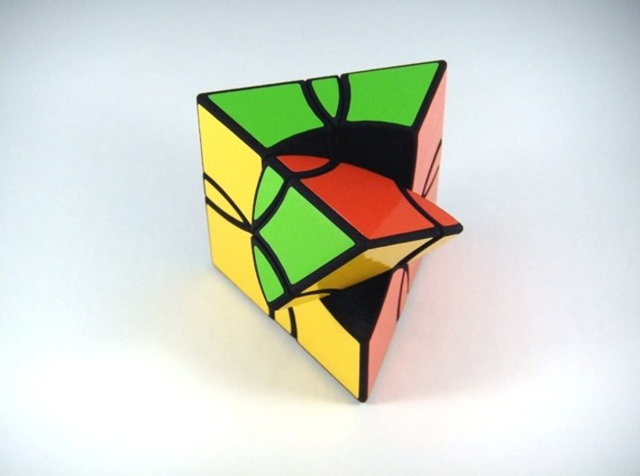 Curvy Shallow Jumble Prism Puzzle 3d printed Alternate First Turn