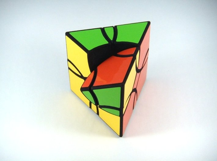 Curvy Shallow Jumble Prism Puzzle 3d printed One Turn