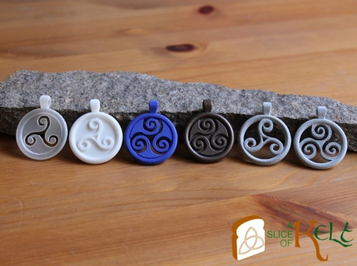Triskell Hole Round Pendant 3d printed Example materials