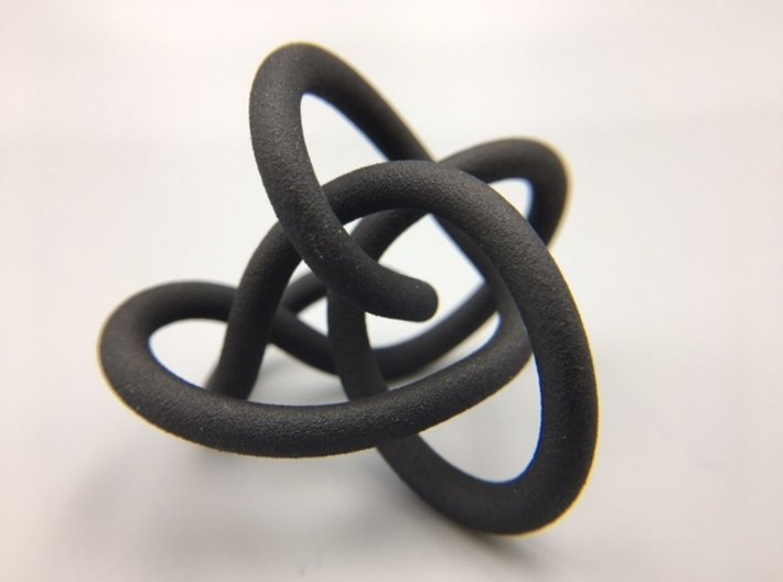 Perko Knot 3d printed Demo of model in Black HP Strong and Flexible