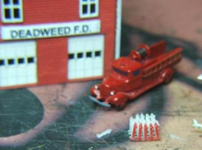 Fire Hydrants - Z scale 3d printed Tiny!