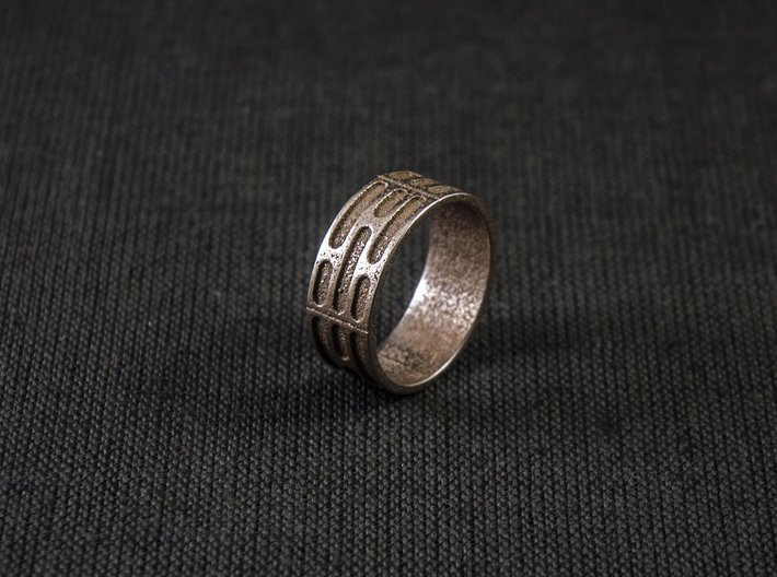 Imperial Wall Pattern Ring 3d printed Photo of the ring in Stainless Steel