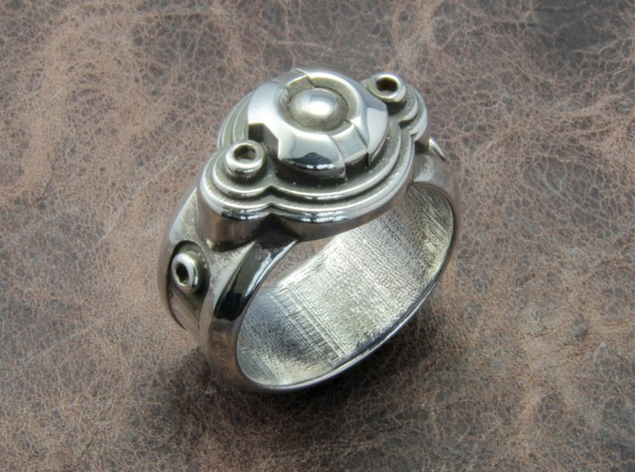 Space Ship Ring 3d printed This material is Polished Silver , Patinated with bleach